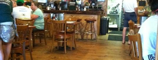 Michael's Bridge Diner is one of Locais curtidos por chrystie.
