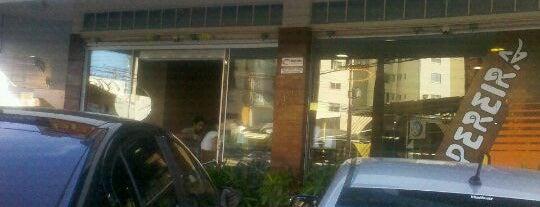 Biscoitos Pereira is one of สถานที่ที่ Clau ถูกใจ.