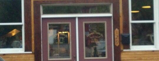 Uncle Elder's Family Restaurant is one of Leandro 님이 좋아한 장소.