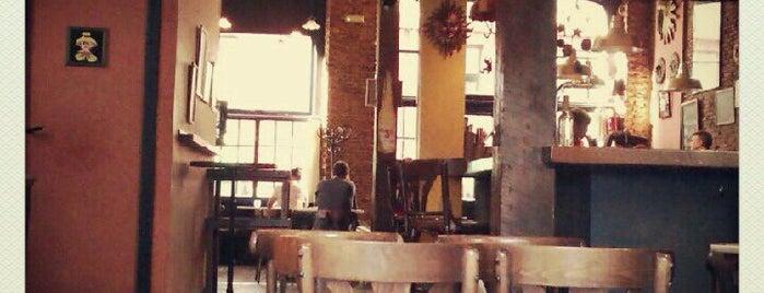 Café Bar El Sol is one of santader.