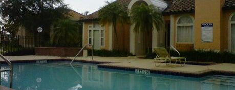 Pool @ Tivoli Springs is one of Tempat yang Disukai Bruna.