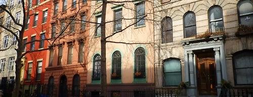East Village is one of Manhattan Neighbohoods.