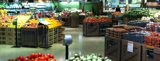 Whole Foods Market is one of Orte, die Jan gefallen.