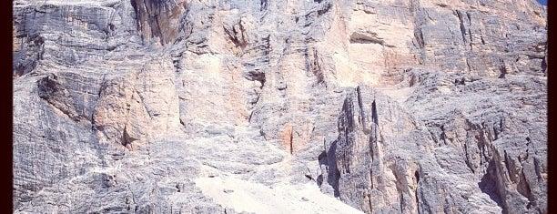 Rifugio Santa Croce is one of Dolomiti Super Ski - Italy.