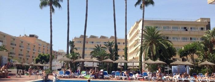 Hotel Santa Ponsa Park is one of Hoteles en España.