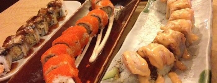 Sushi Naga is one of Locais curtidos por Neng.