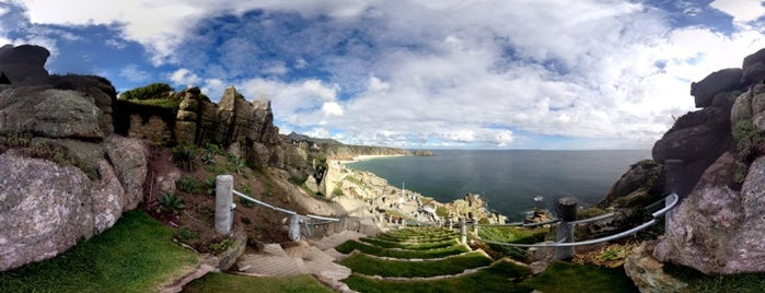 The Minack Theatre is one of Tupshole.