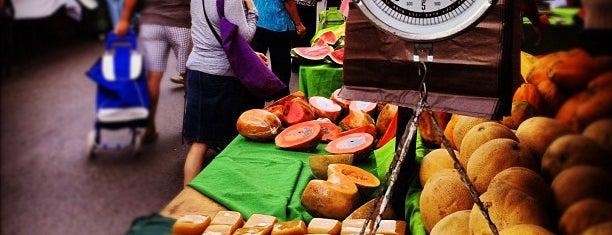 Feria de Abastecimiento de Los Palos Grandes (A.K.A Mercadito) is one of 101 comidas en Caracas.