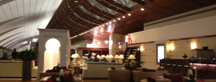 Emirates First Class Lounge is one of Follow me to go around Asia.