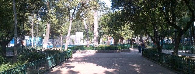 Alameda de Tacubaya is one of Lugares favoritos de Yolis.