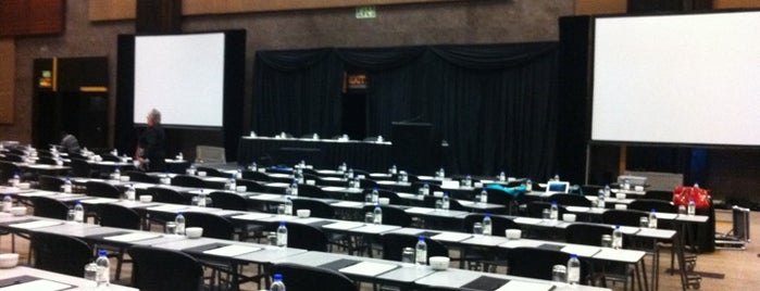 Sandton Convention Centre is one of Lugares favoritos de Sabrina.