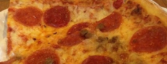 New York Pizza & Pasta is one of V 님이 저장한 장소.