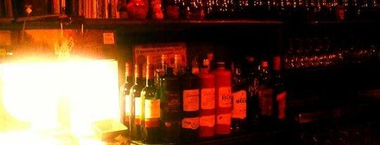 Proeflokaal De Drie Fleschjes is one of Must-visit Bars in Amsterdam.