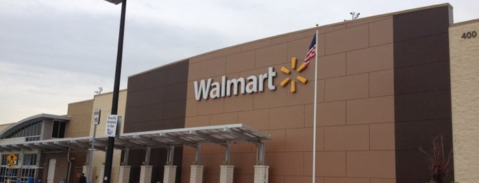 Walmart Supercenter is one of Lugares favoritos de Alberto J S.