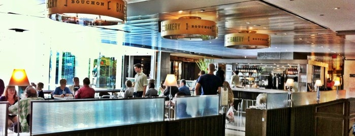 Bouchon Bakery & Cafe is one of Lugares favoritos de Roger.