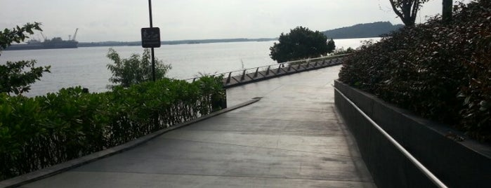 Punggol Promenade is one of Locais salvos de Ben.