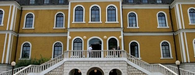 Muzeu i Kosovës (Kosovo Museum) is one of Carl 님이 좋아한 장소.