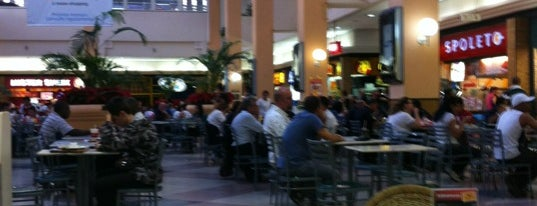 Osasco Plaza Shopping is one of My list restaurantes.