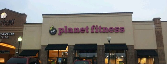 Planet Fitness is one of Lugares favoritos de Nicole.