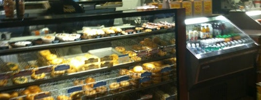 Einstein Bros Bagels is one of John's Liked Places.