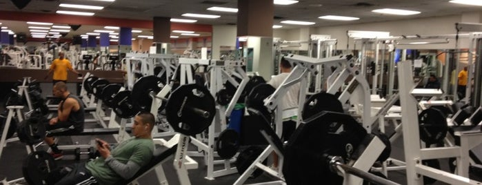 24 Hour Fitness is one of #FitBy4sqDay Tips.