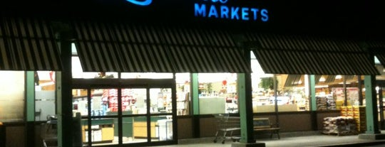 Lunardi's Markets is one of Bay Area Services.