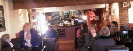 Continental cafe is one of Locais curtidos por Leonard.