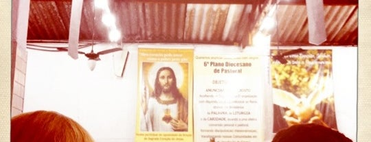 Igreja Santa Rita de Cássia is one of สถานที่ที่ Priscila ถูกใจ.