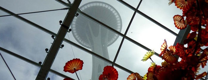 Space Needle is one of Insiders' Picks.