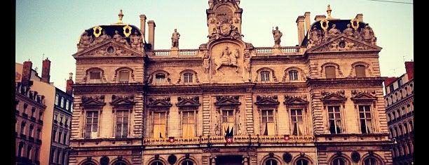 Hôtel de Ville de Lyon is one of Tempat yang Disukai Can.