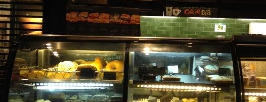 Starbucks is one of สถานที่ที่ Eduardo ถูกใจ.