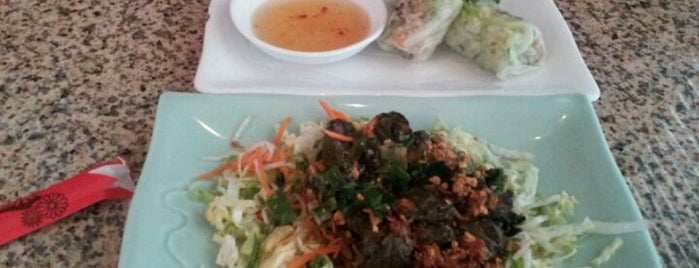 Com Vietnamese Grill Restaurant is one of Orte, die Owen gefallen.