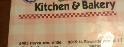 Corky's Kitchen & Bakery is one of Tempat yang Disukai Epic.