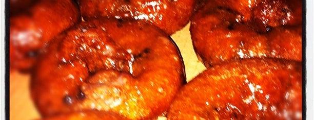 M&M Donuts is one of Lugares guardados de Derek.