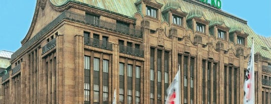 Galeria Karstadt Kaufhof is one of Christina 님이 좋아한 장소.
