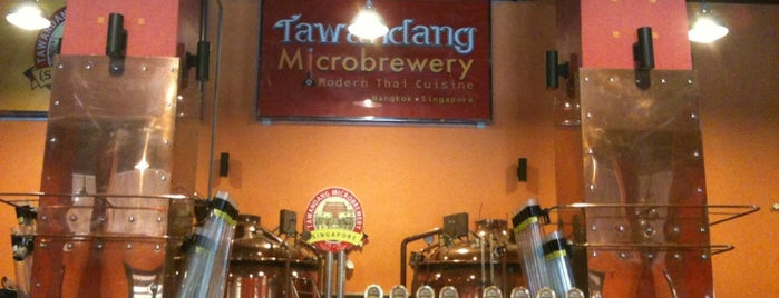 Tawandang Microbrewery is one of Locais curtidos por Chuck.