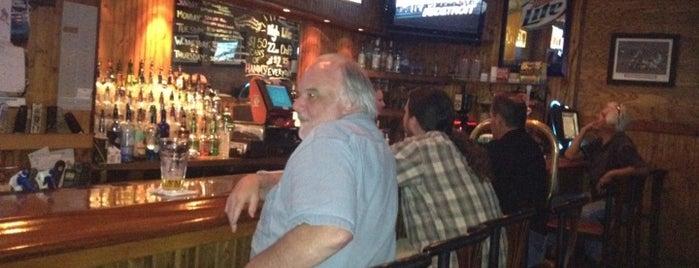 Bob's Sports Bar is one of สถานที่ที่ Michael ถูกใจ.