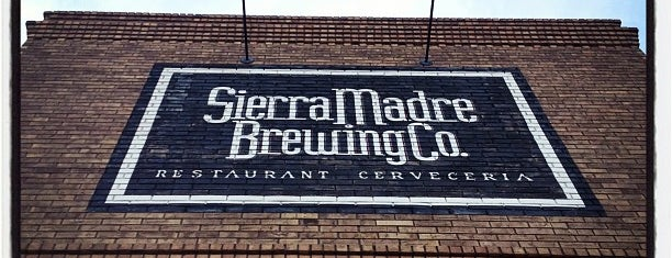 Sierra Madre Brewing Co. is one of Lugares favoritos de Marco.