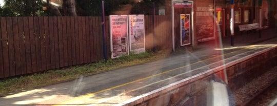 Cobham & Stoke d'Abernon Railway Station (CSD) is one of Tempat yang Disimpan Vanissa.