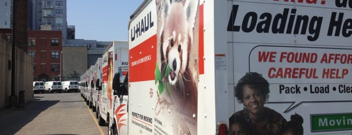 U-Haul Moving & Storage of Park Slope is one of Locais curtidos por Jason.