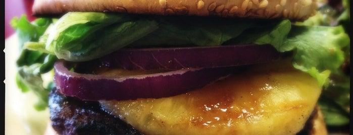 BurgerMeister is one of Orte, die Alec gefallen.
