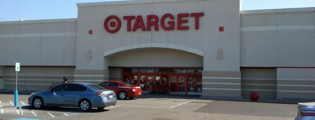 Target is one of Lugares favoritos de Lilith.
