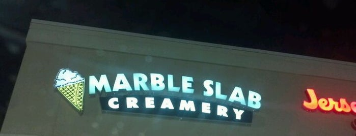 Marble Slab Creamery is one of Locais curtidos por Daron.