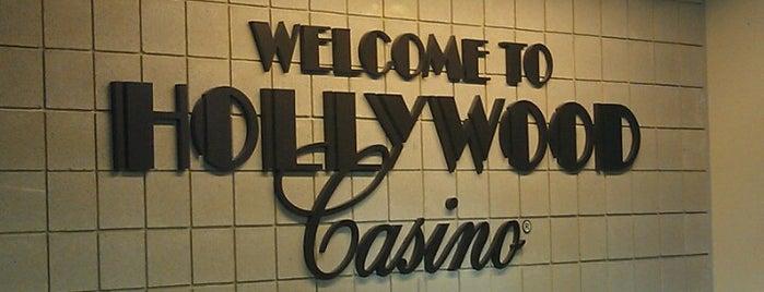 Hollywood Casino Toledo is one of Chrystal : понравившиеся места.