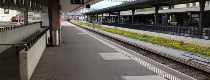 Bahnhof Buchs SG is one of Tempat yang Disukai Henry.