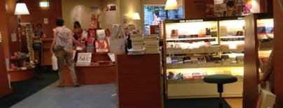 Librairie Payot is one of Lieux sauvegardés par Jennyfer.