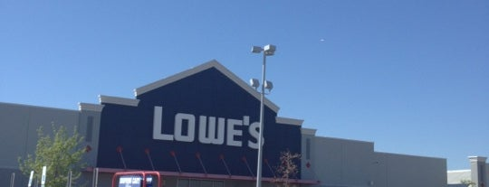 Lowe's is one of Tempat yang Disukai Lovely.