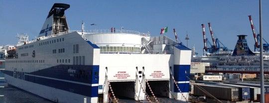 Terminal Traghetti is one of Lieux qui ont plu à Daniele.
