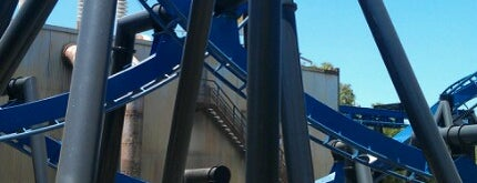 Batman The Ride is one of Orte, die Fernando gefallen.