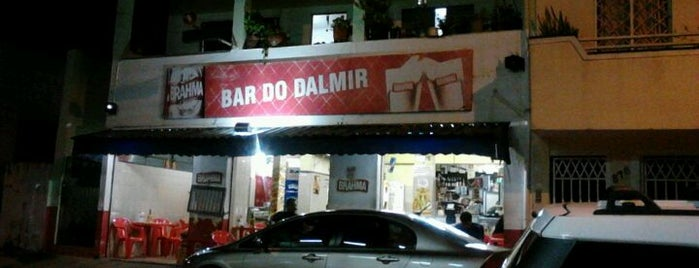 Bar do Dalmir is one of Lugares favoritos de Jeff.